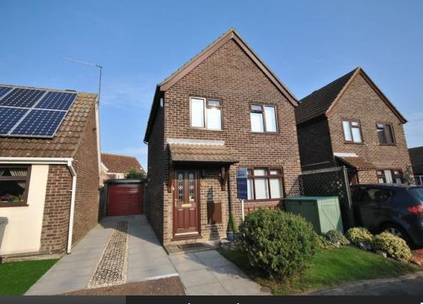 3 bedrooms Detached House for sale